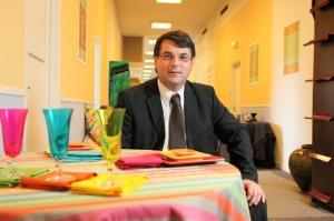 Mr P. de Montclos, PDG de Garnier-Thiebaut, basé dans les Vosges-Lorraine-distribué dans de nombreux hôtels du monde entier. Photo : Eric MANGEAT/GP-Copyright-contenusetstrategies.com